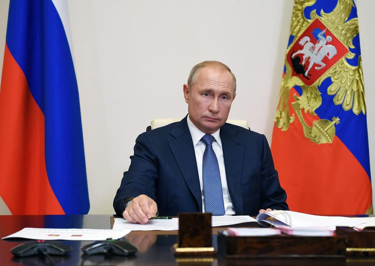 Putin announced that his daughter had been injected with the Sputnik V vaccine.