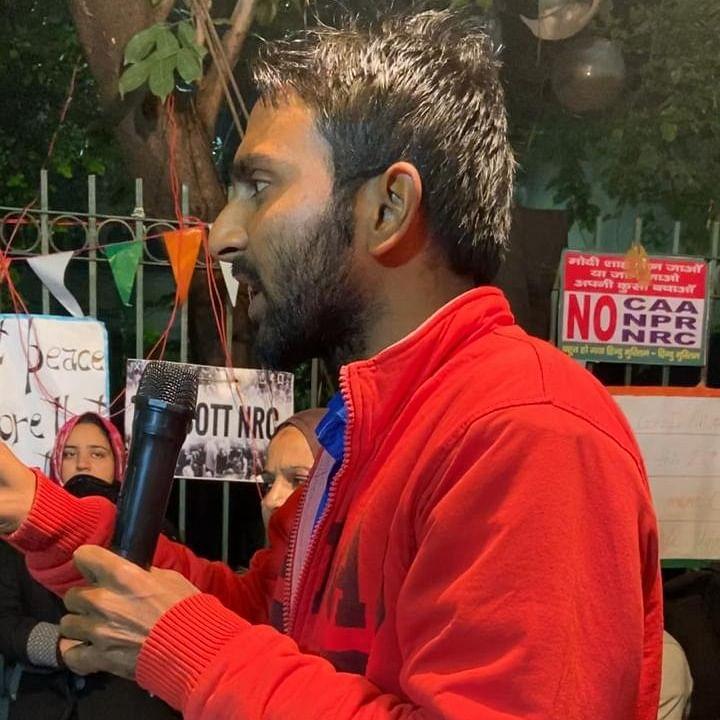 Zakir Ali Tyagi at a protest in Azad Market.