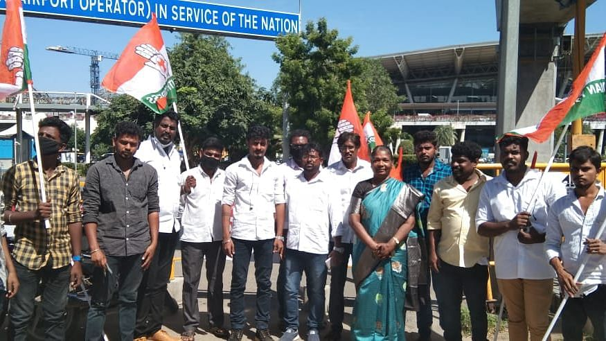 Anusuya participating in a protest with local Congress workers in Chennai.