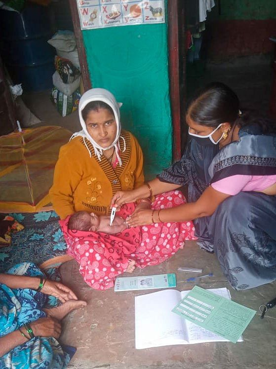 <i>Like other ASHAs, Shakuntala has been monitoring the health of pregnant women and newborns during the lockdown.</i>