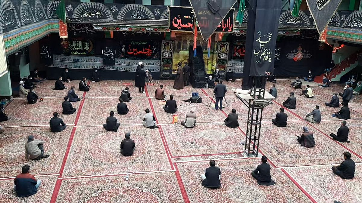 Social distancing maintained inside mosques.