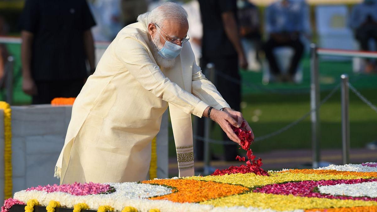 PM Modi Pays Tribute to Mahatma Gandhi & Lal Bahadur Shastri