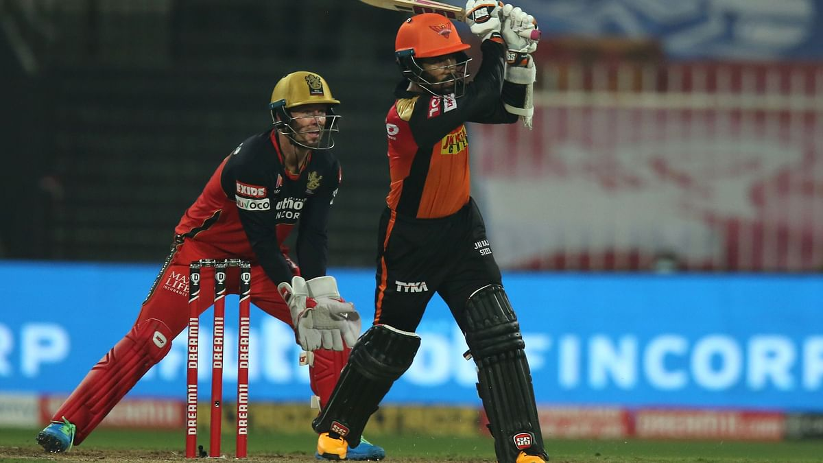 Clinical Hyderabad Hand Bangalore 5 Wicket Defeat in Sharjah
