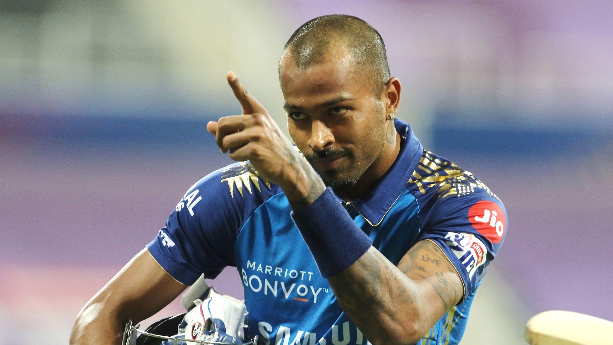 Hardik Pandya Smashes 60 off 21 as Mumbai Recover to Post 195/5