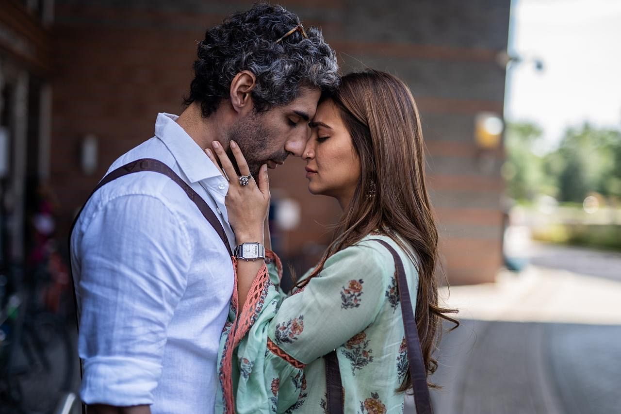Kriti Kharbanda and Jim Sarbh have great on-screen chemistry.