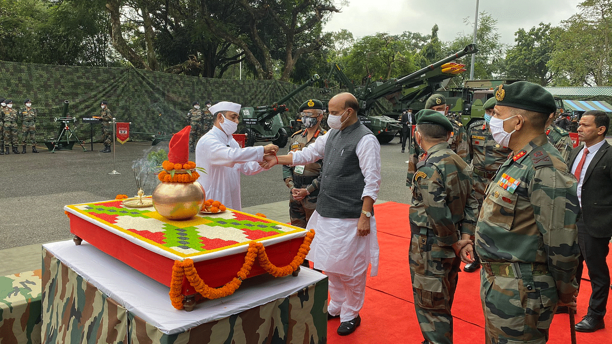 Defence Minister Rajnath Singh performing 'Shastra Puja'