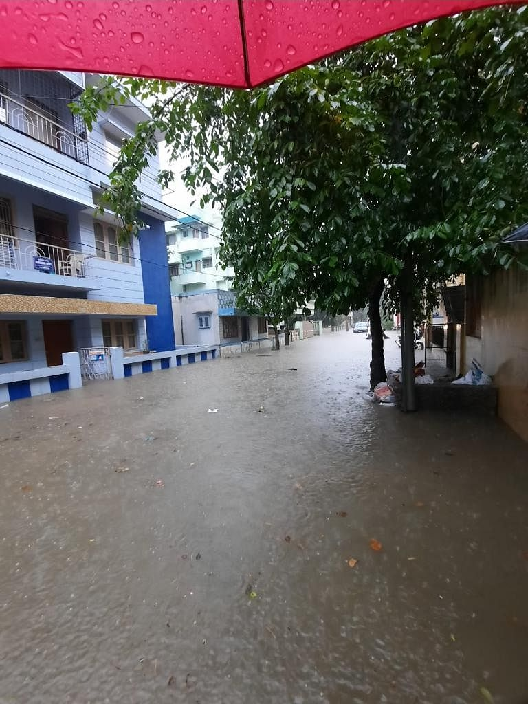 Parts of Bengaluru  Flooded After Heavy Rains, Vehicles Swept Away
