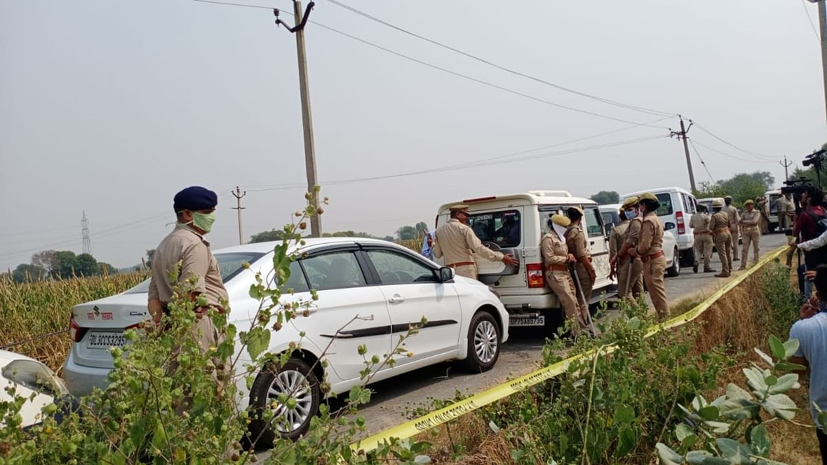 The Central Bureau of Investigation (CBI) team, which is probing the alleged Hathras gang-rape and murder, on Tuesday, 13 October, visited the scene of the incident, a day after they reached the city in Uttar Pradesh.