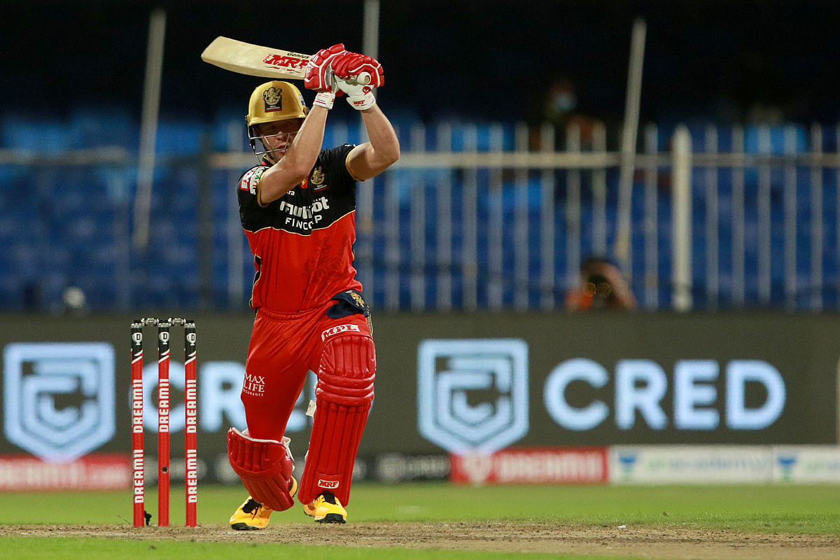 AB de Villiers played a blistering knock of 55* to take RCB home against Rajasthan Royals.