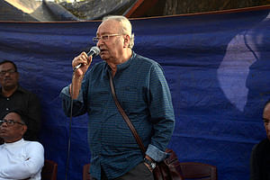 Soumitra Chatterjee in a protest march in Kolkata in 2019, against a film being taken off theatres due to intimidation from government authorities.