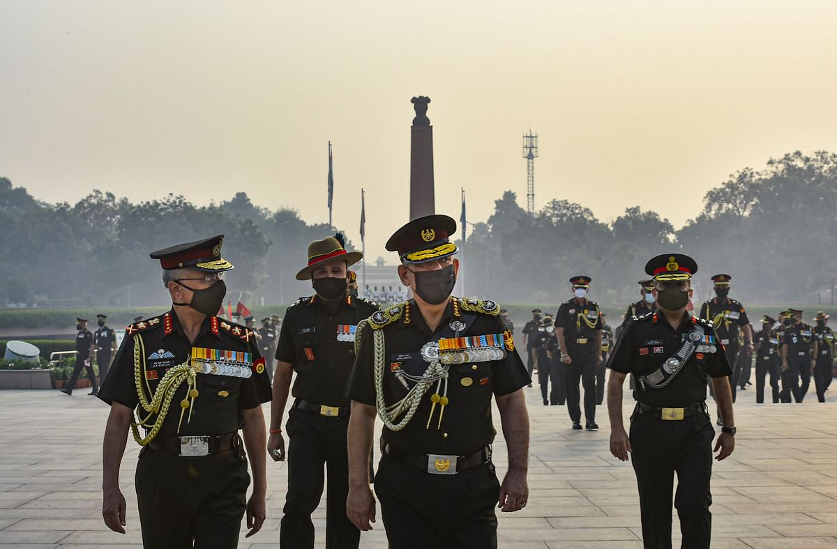 Chief of Defence Staff, General Bipin Rawat along with Chief of Army Staff, General MM Naravane at National War Memorial on Infantry Day