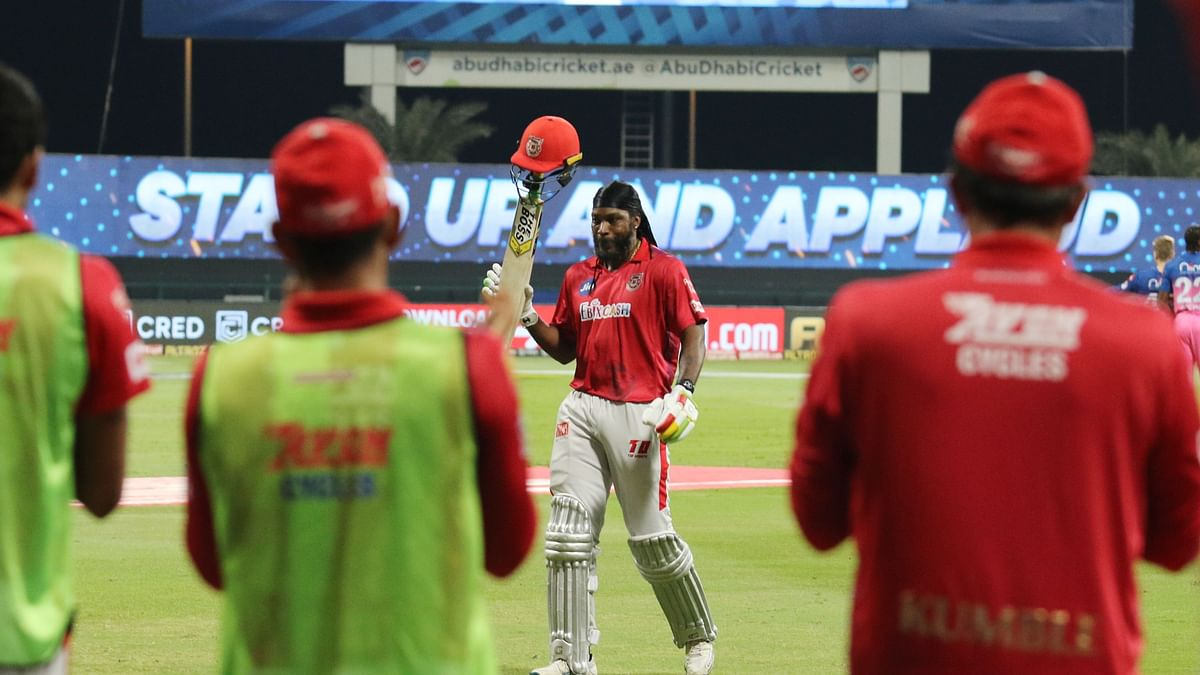 Chris Gayle on Friday became the first batsman to get to 1,000 sixes in T20 cricket.
