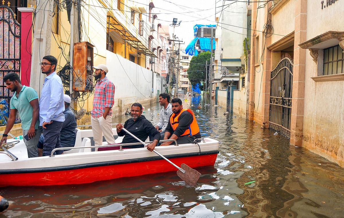 60 Dead, 37,000 Families Affected; Hyderabad to Receive More Rain