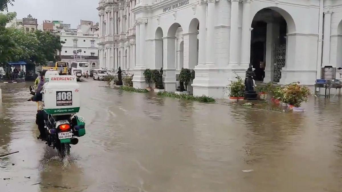 Heavy Monsoon Rains Lash Chennai; Several Areas, Roads Waterlogged