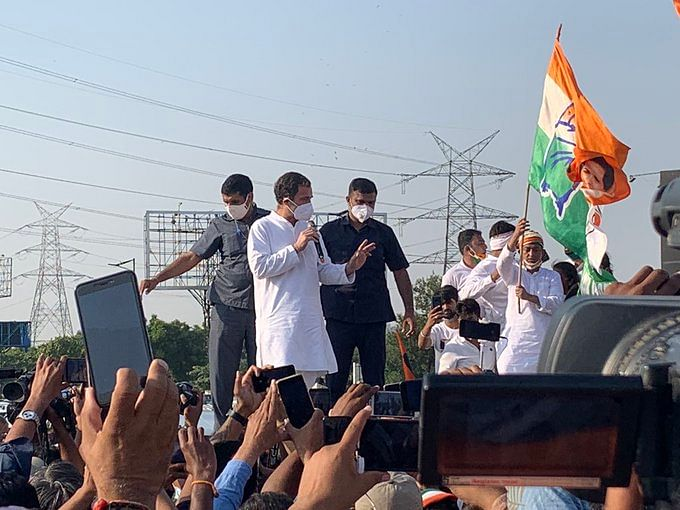 Congress leader Rahul Gandhi addressed party workers as the delegation was halted at the Delhi-Noida border.