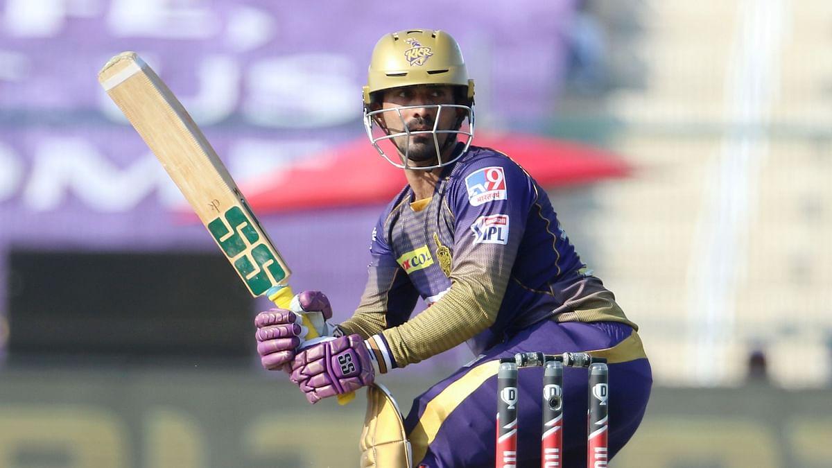 Kolkata Knight Riders Dinesh Karthik batting during IPL 2020.