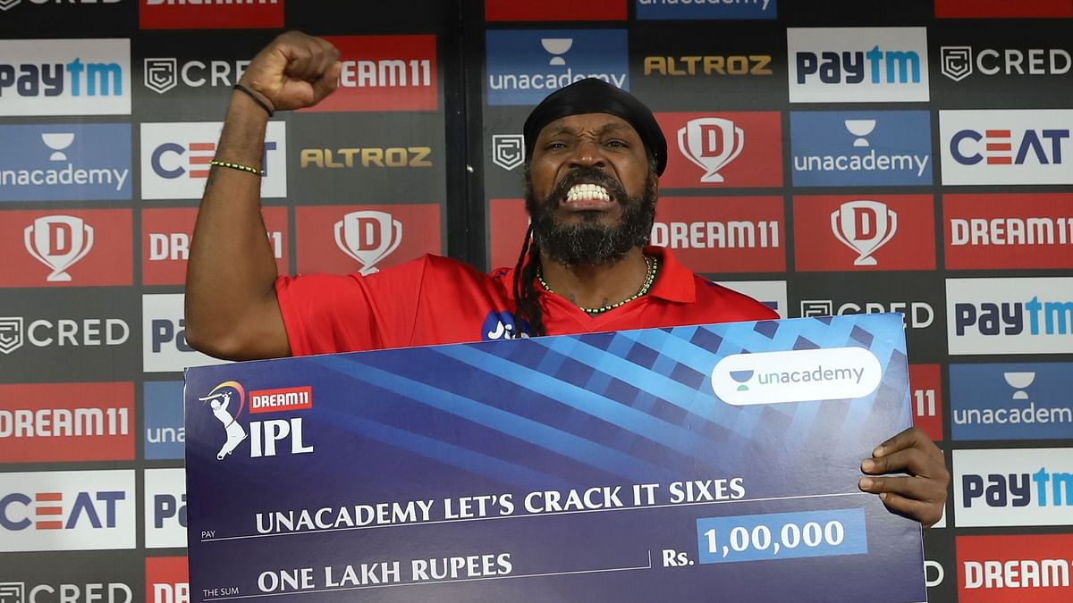 Chris Gayle played his first innings since January and brought with him the entertainment – on and off the field.