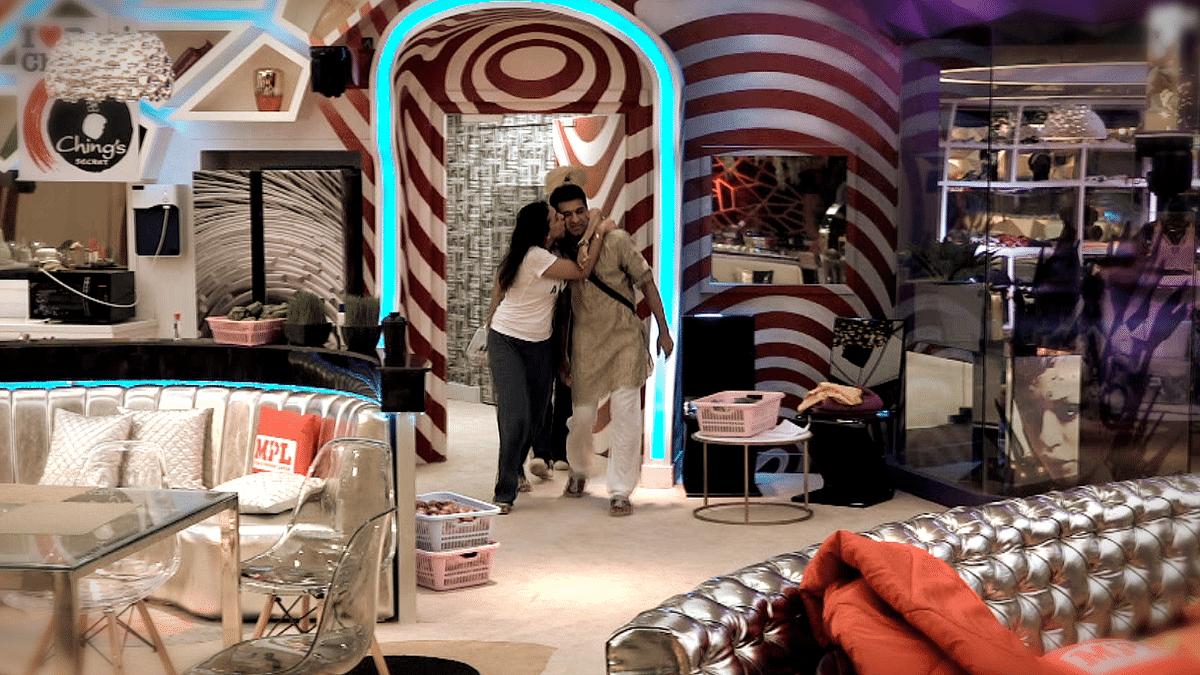 'Bigg Boss 14' Day 10: What's Brewing Between Eijaz and Pavitra?