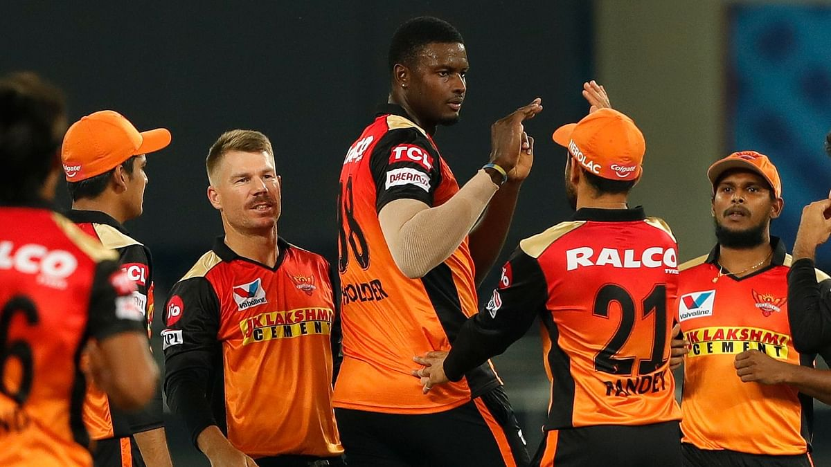 Holder Takes 3 Wickets in Season Debut as SRH Restrict RR to 154/6