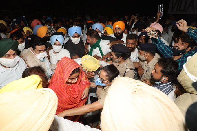 Farm Laws: Harsimrat, Sukhbir Badal Held Amid March to Raj Bhawan