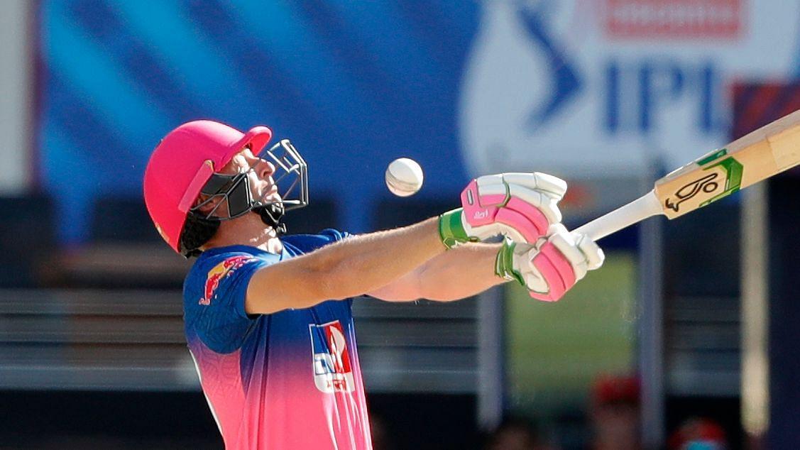 Rajasthan Royals have posted 177/6 after batting first vs RCB.