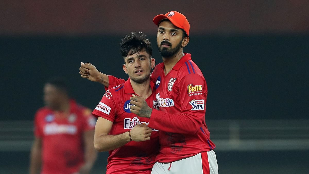 Young spinner Ravi Bishnoi gave KXIP a big breakthrough by removing both the opening batsmen in the 16th over.