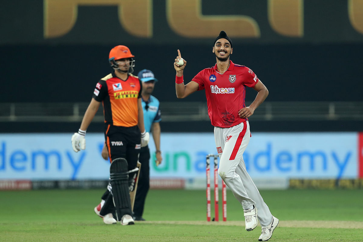 Arshdeep Singh removed Manish Pandey for 1.