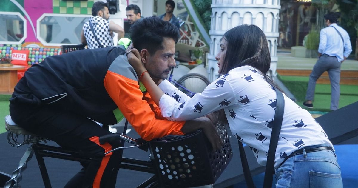 'BB14' Day 21: Rahul & Naina Clash During the World Tour Task