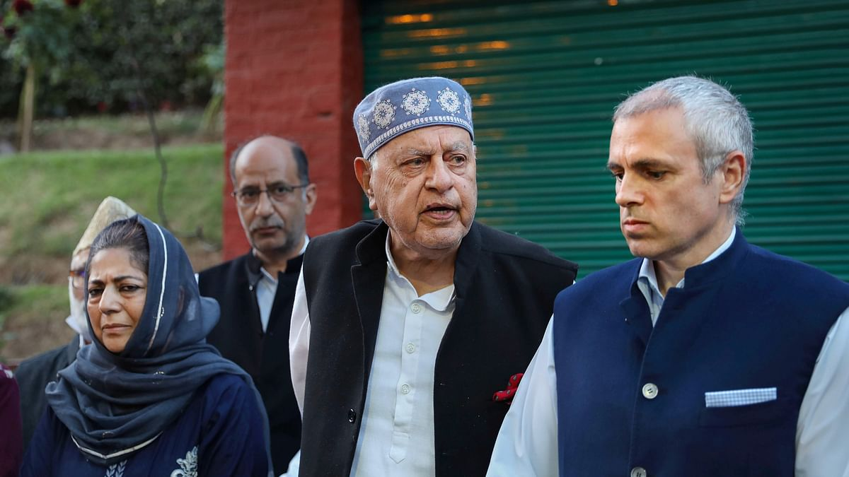 CPI(M) Writes to J&K LG Over 'Confinement' Of Gupkar Candidates