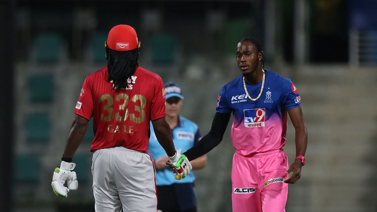 Chris Gayle congratulates Jofra Archer after the Rajasthan Royals player got him out on 99.