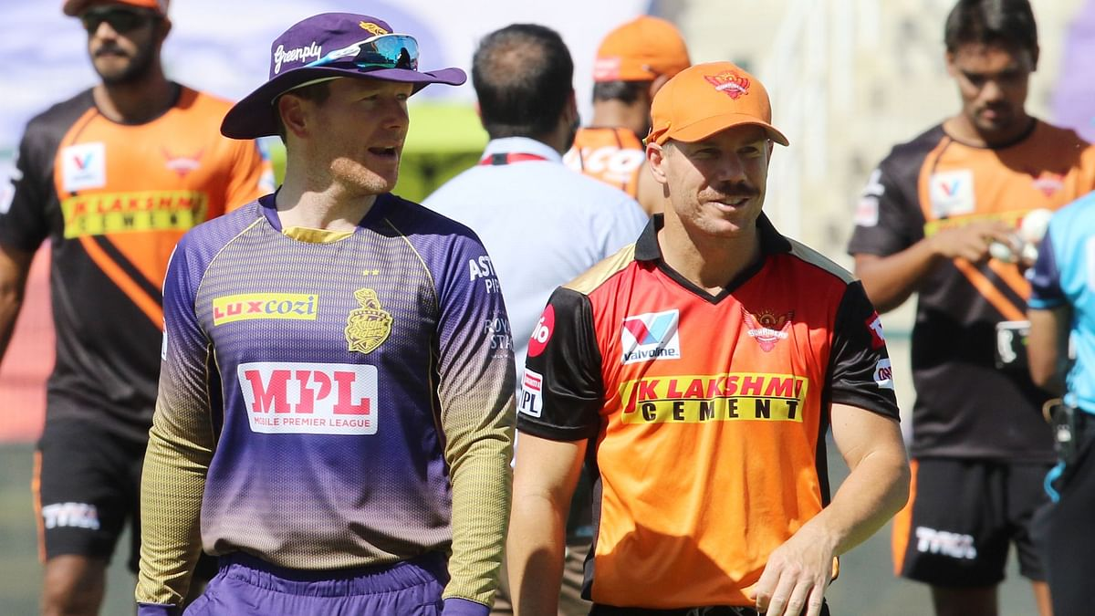 Sunrisers Hyderabad captain David Warner has won the toss and elected to bowl first against Eoin Morgan's Kolkata Knight Riders in Abu Dhabi.