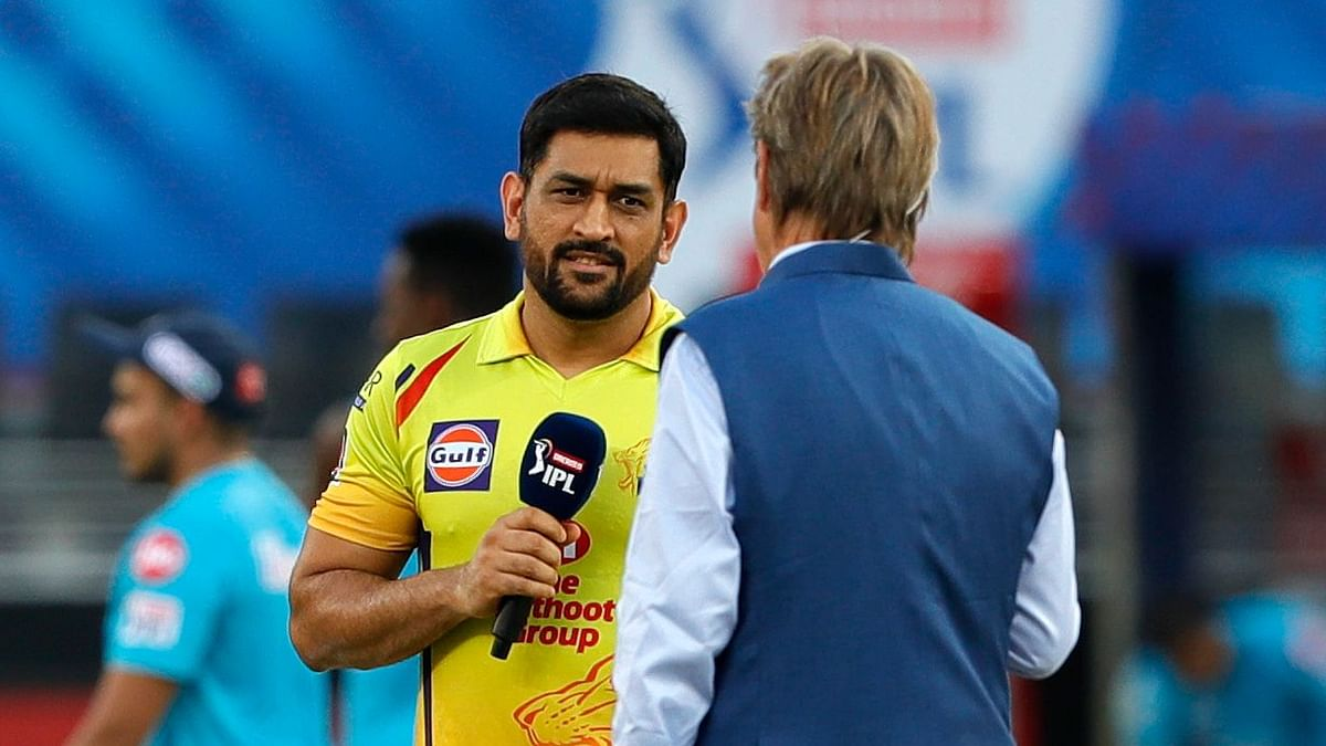 Sunrisers Hyderabad captain David Warner won the toss and opted to bat against MS Dhoni-led Chennai Super Kings.
