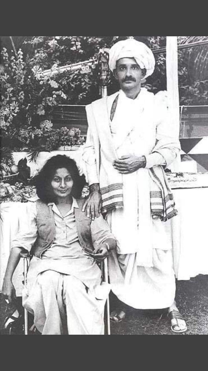 Bhanu Athaiya on the sets of Gandhi.