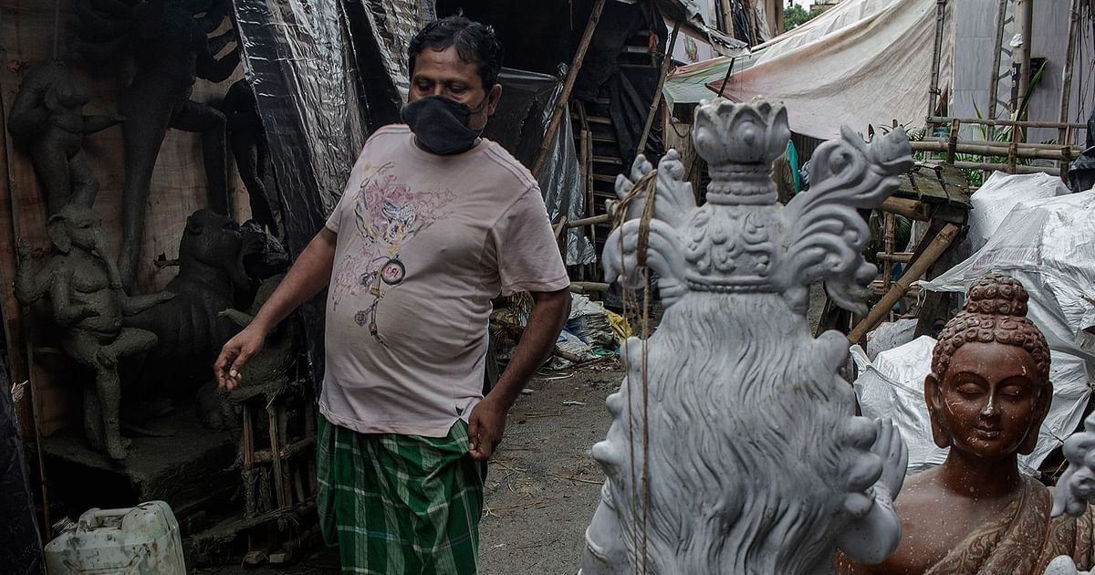 Durga Pujo Amid COVID: How Will Artists, Workers, Hawkers Survive?