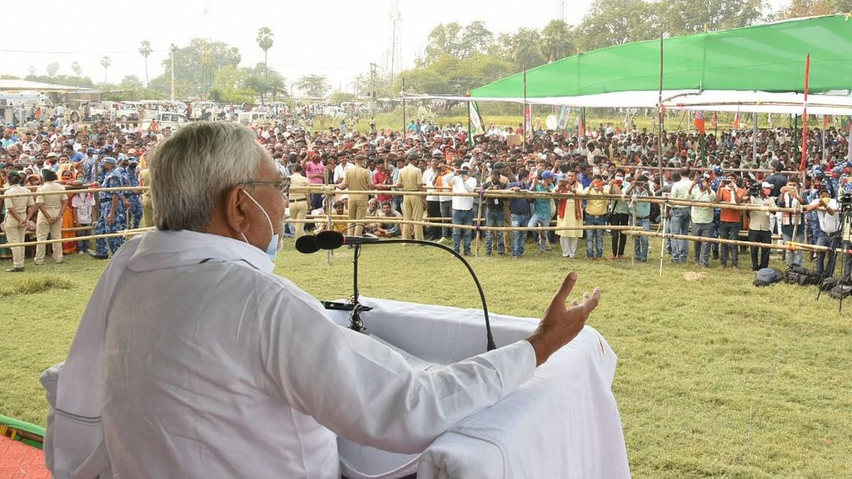 Bihar CM Nitish Kumar addressing an election rally.