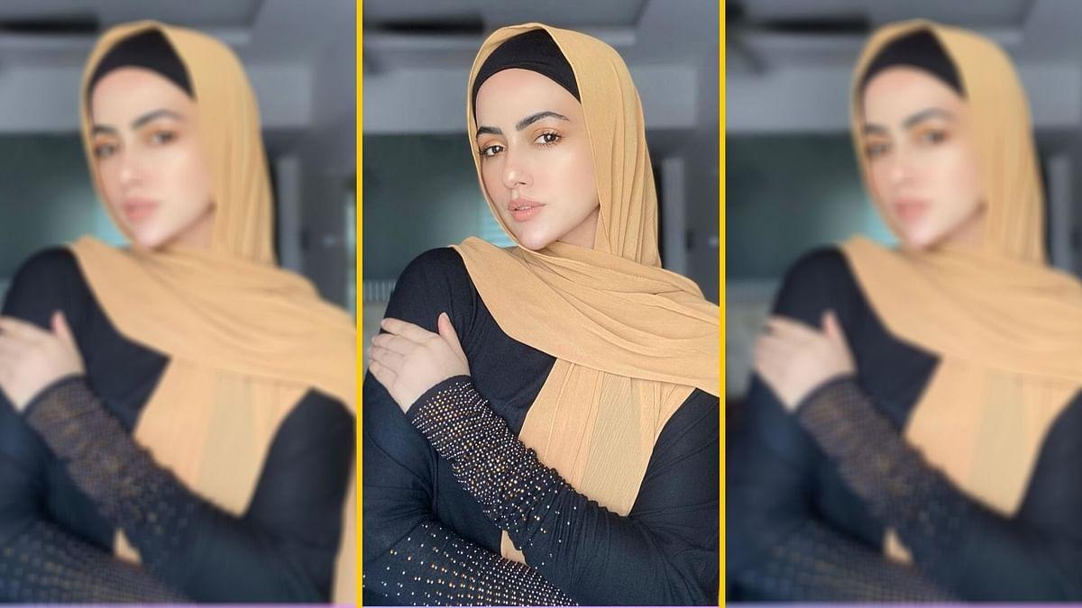 Sana Khan has quit the entertainment industry.