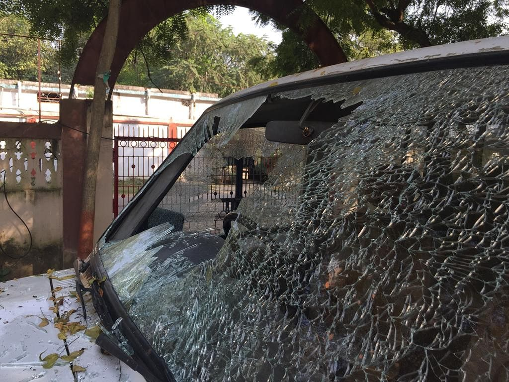 Munger SP vehicle attacked