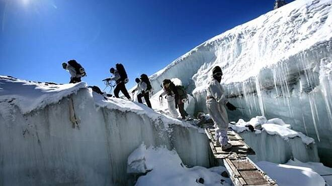 Indian Army soldiers at the Siachen Glacier.