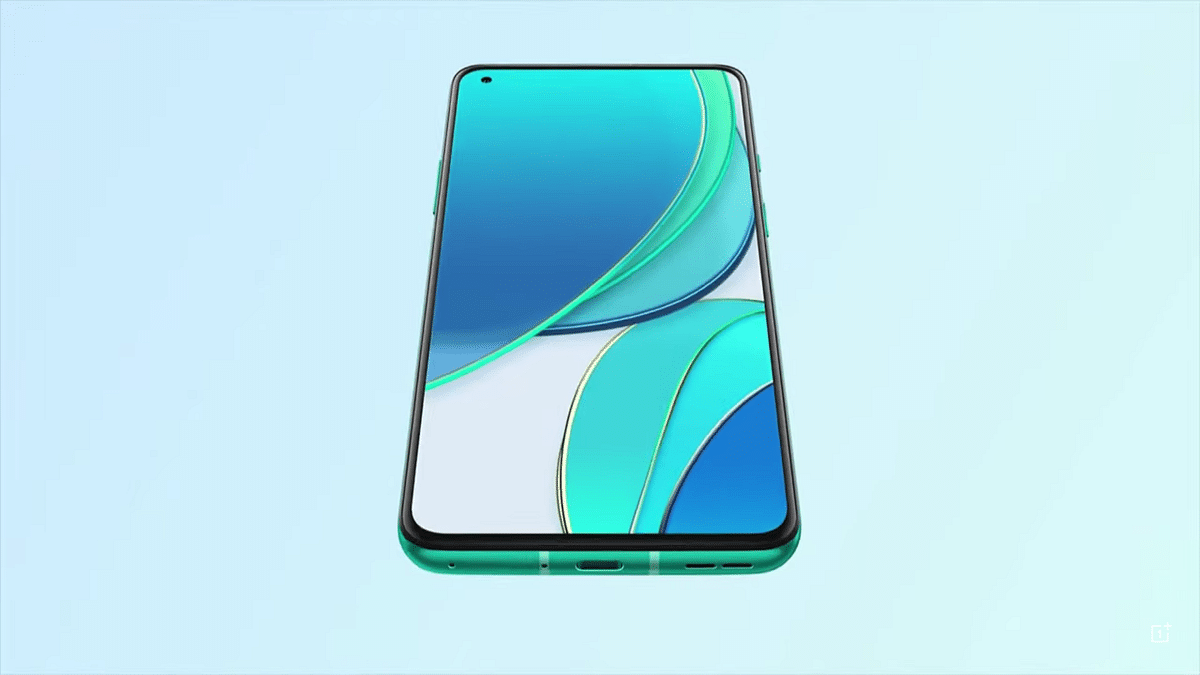 OnePlus 8T With 120Hz Display Launched in India Starting Rs 42,999