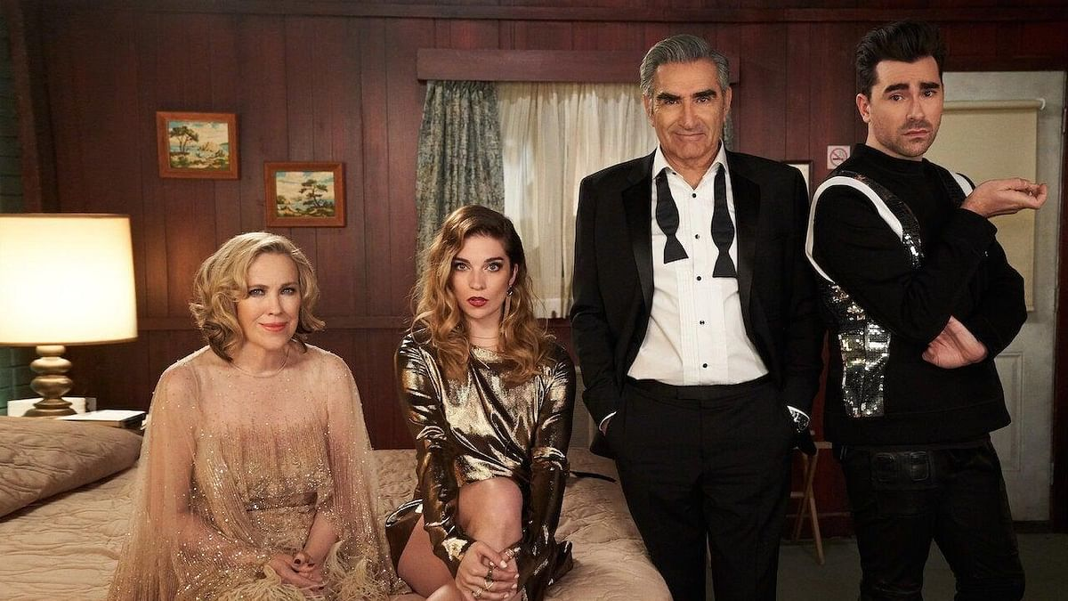 Why Censoring a Same-Sex Kiss In 'Schitt's Creek' Is Just Wrong