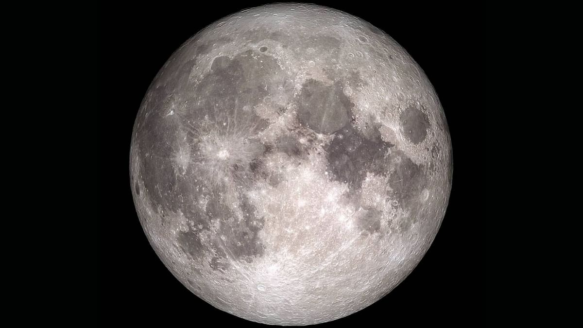 NASA Discovers Water on Moon's Sunlit Surface