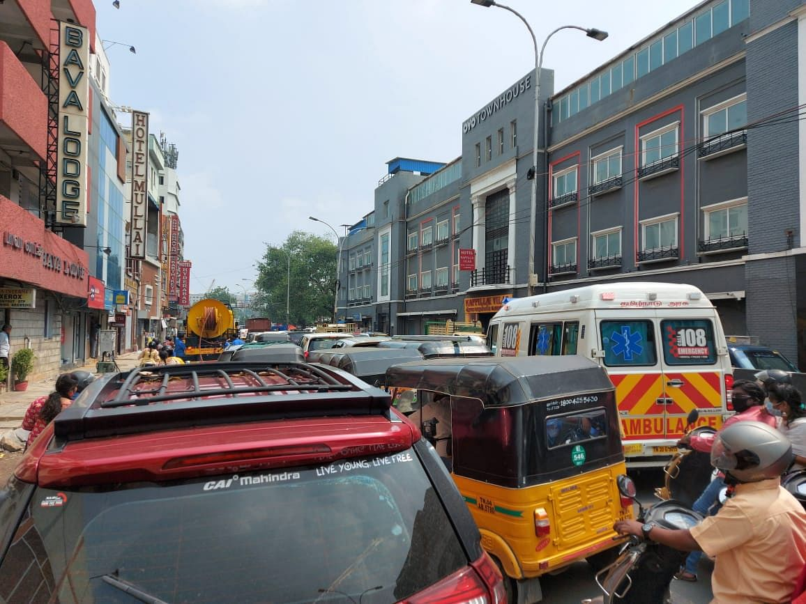 Murugan, along with a few leaders and over 200 cadre traveled by car and foot causing a lot of traffic snarls and chaos on the roads.