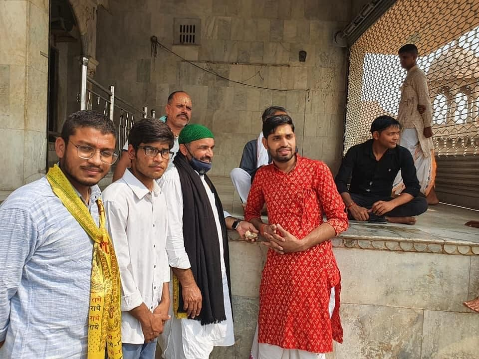 Khudai Khidmatgar members were on their yatra from 24 to 29 October, visiting several temples in the Braj area of Uttar Pradesh to promote communal harmony.