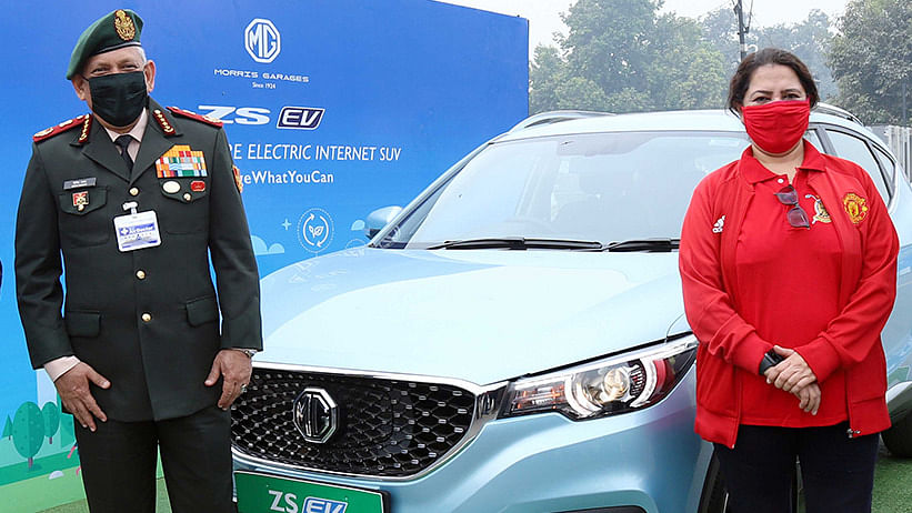 Amid Standoff, CDS Rawat Flags off  Chinese Electric Car