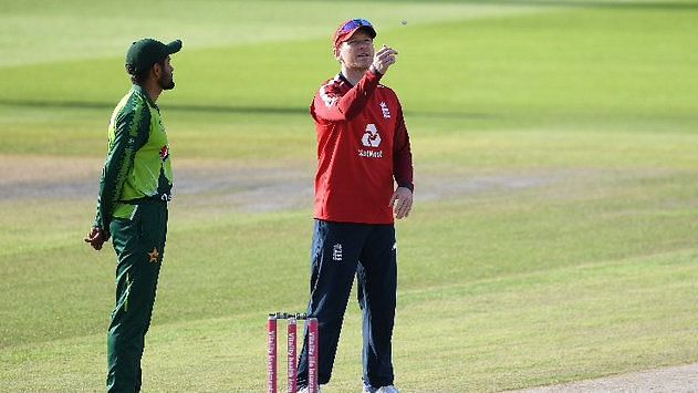 England Cricket Board Apologises to Pakistan, Promises Full Tour in 2022