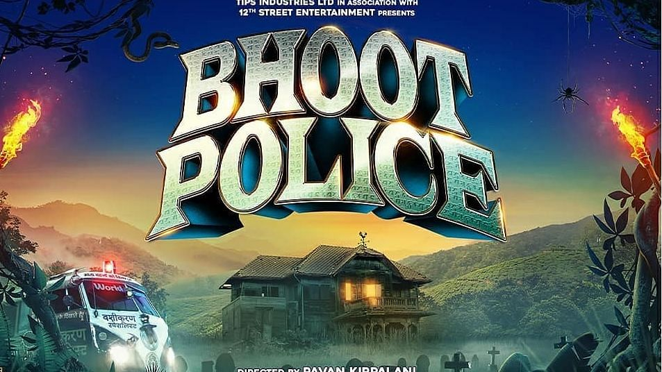 The first poster of Bhoot Police.
