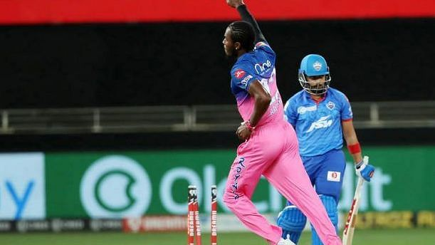 Jofra Archer dismisses Prithvi Shaw off the first delivery of the game.