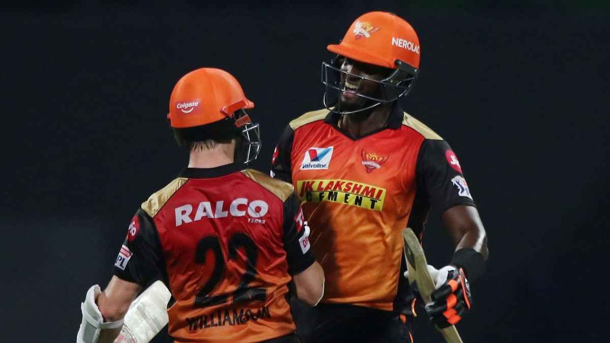 Williamson-Holder Win It for SRH, Twitter Reacts as They Beat RCB