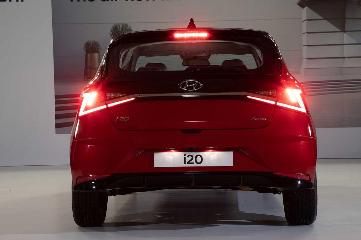 Hyundai i20 vs Tata Altroz vs Maruti Baleno: Which One to Go for?