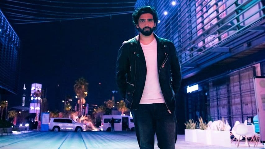 Listen To Amaal Mallik Perform A Mashup of His Hit Songs